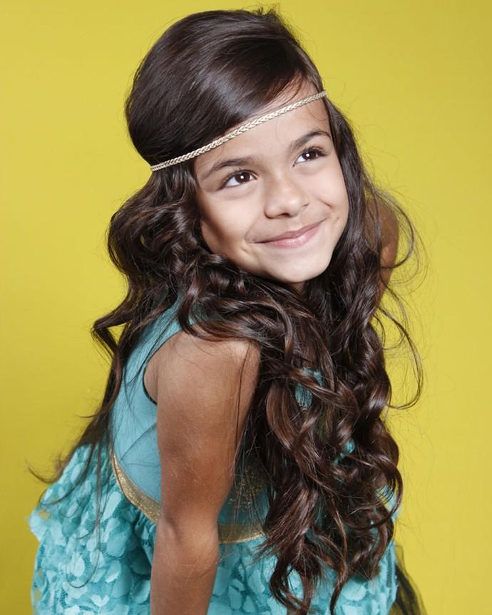 Isabella Aguiar tem 9 anos e canta desde os 6. 'Velho Chico' será sua primeira novela (Foto: Divulgação)