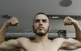 Atleta de São Vicente vence combate em torneio internacional de kickboxing