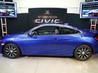 Novo Honda Civic estreia versão cupê de 2 portas em Los Angeles
