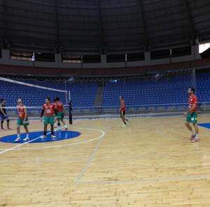 Equipe masculina de vôlei de Uberlândia (Foto: Caroline Aleixo)