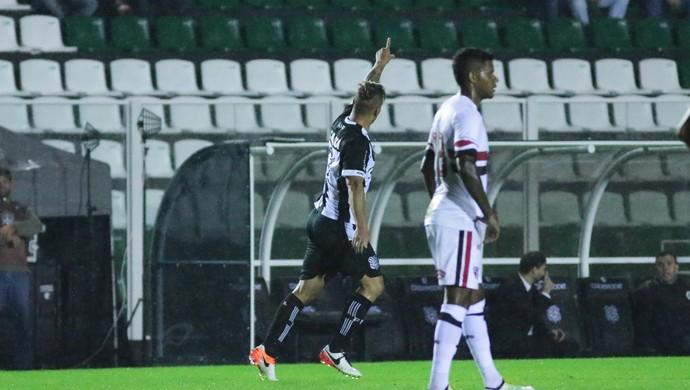 Rafael Moura Figueirense x São Paulo (Foto: Luiz Henrique/Figueirense FC)