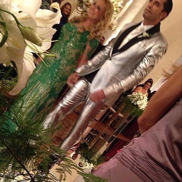 Latino em seu casamento com Rayanne Morais no Rio (Foto: Instagram/ Reprodução)