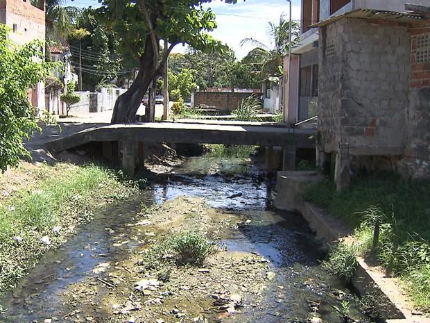 Vítima ficou em estado grave e foi socorrida para Hospital Geral do Estado (Foto: Imagem/TV Bahia)
