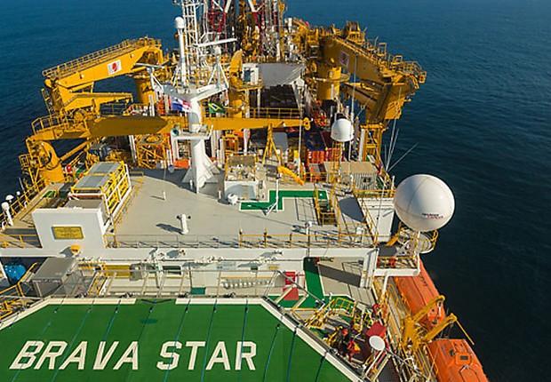 Navio Brava Star de exploração de petróleo da Queiroz Galvão Óleo e Gás (Foto: Divulgação)