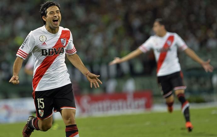 Leonardo Pisculichi gol River Plate (Foto: AFP)