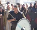 Travis Fimmel em cena de Vikings | Divulgação