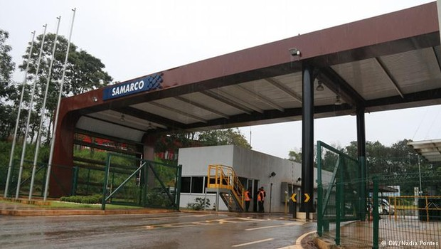 Entrada da mineradora Samarco  (Foto: Reprodução/YouTube)