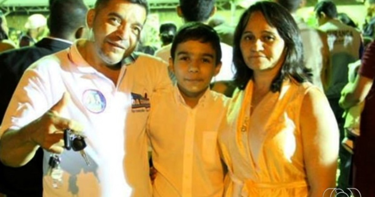 Corpos dos três parentes de PM mortos a tiros são velados em Goiás - Globo.com