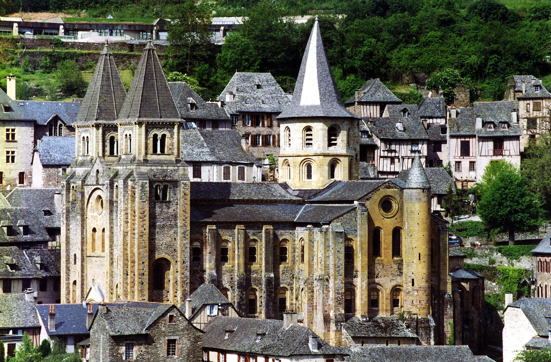 Conques, França (Foto: Wikimedia/Phillip Capper from Wellington, New Zealand)