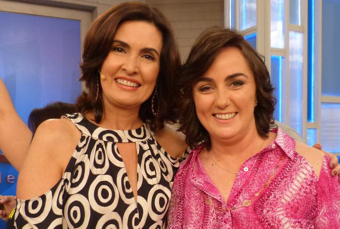 Fátima conversa com Denise Hills sobre como equilibrar as contas (Foto: Divulgação/Gshow/TV Globo)