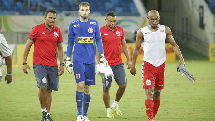 Busatto - goleiro do América-RN (Foto: Alexandre Lago/GloboEsporte.com)