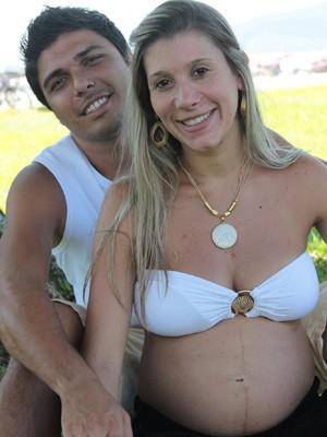 Douglas e Mariana irão ter o primeiro filho  (Foto: Douglas Tripicchio/Arquivo Pessoal)