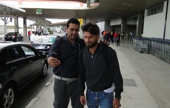 Após longa viagem, Rafael Sobis chega a BH para assinar com Cruzeiro