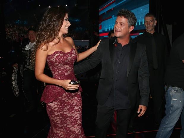 Paula Fernandes e Alejandro Sanz em prêmio de música em Las Vegas, nos Estados Unidos (Foto: Christopher Polk/ Getty Images/ AFP)