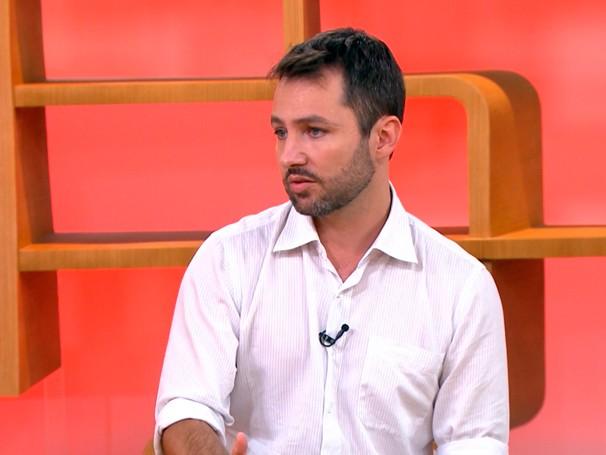 o tema é... problemas na coluna,com o ortopedista Ivan Dias da Rocha (Foto: Globo)