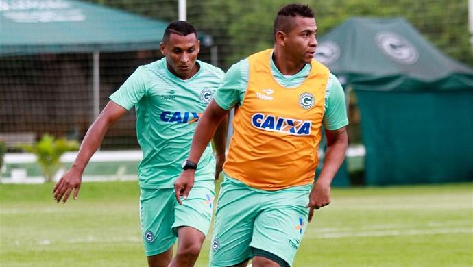 Walter - atacante do Goiás (Foto: Rosiron Rodrigues / Goiás E.C.)