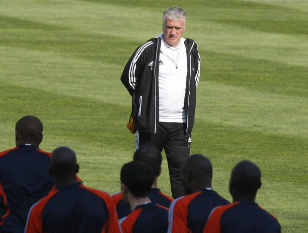 Didier Deschamps em treino do Olympique de Marselha (Foto: Reuters)