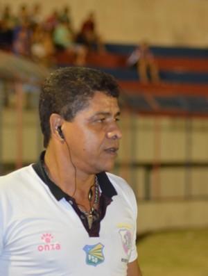 Reginaldo Ramos promoverá mudanças no time (Foto: Thiago Barbosa/GLOBOESPORTE.COM)