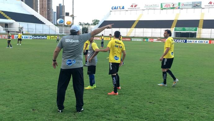 ABC treino coletivo Frasqueirão (Foto: Carlos Arthur da Cruz/GloboEsporte.com)