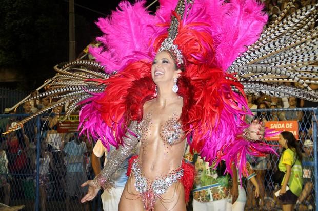 Ticiane Pinheiro na Sapucaí (Foto: Thyago Andrade/ Foto Rio News)