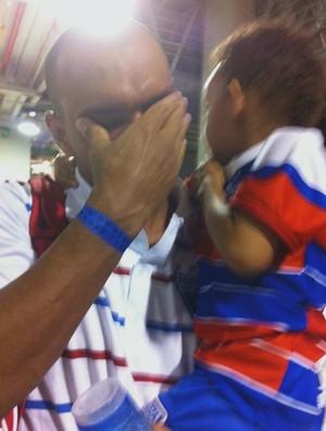 Esley não esconde as lágrimas após eliminação do Fortaleza (Foto: João Marcelo Sena)