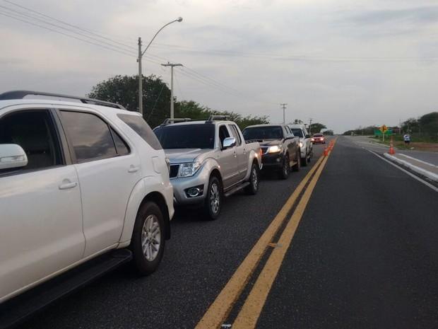 PRF registra mil carros por hora (Foto: Pedro Santiago/G1)