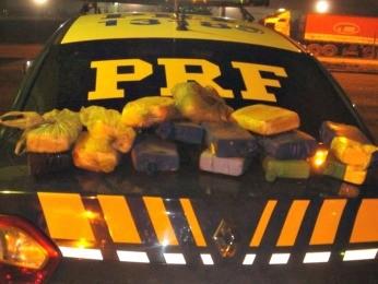 PRF apreende cerca de R$ 600 mil em drogas dentro de veículo em MT (Foto: Assessoria/ PRF)