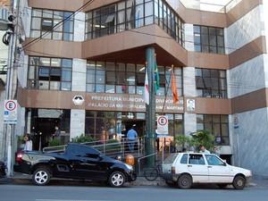 fachada Prefeitura de Divinópolis MG (Foto: Assessoria PMD/Patrícia Rodrigues)
