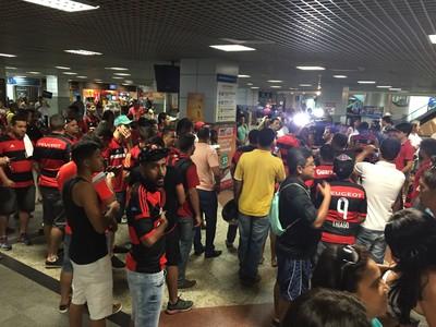 torcida Flamengo em Salvador (Foto: Raphael Zarko/ Glboesporte.com)