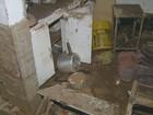 Obra que causou enxurrada de lama em casas tem licença, diz Prefeitura