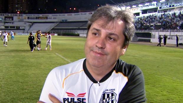Gilson Kleina, técnico da Ponte Preta (Foto: Carlos Velardi / EPTV)