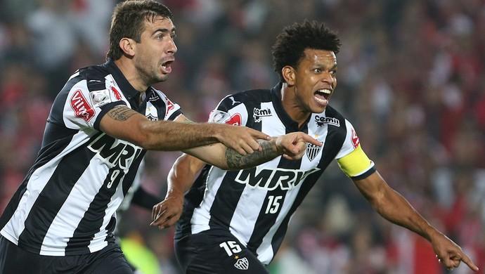 Santa Fé x Atlético-MG - Lucas Pratto comemora gol (Foto: AP)