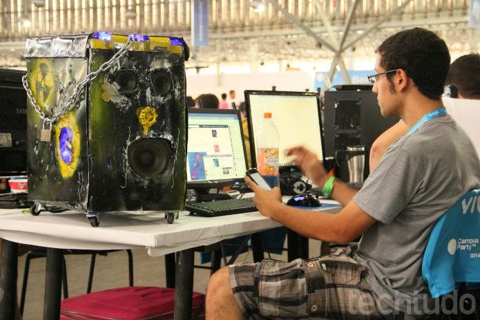 Lentamente, os casemods icônicos das feira começam a aparecer  (Foto: TechTudo/Renato Bazan)