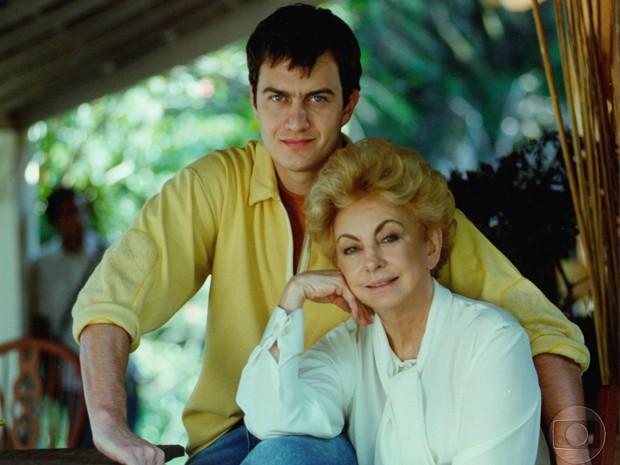 Gabriel Braga Nunes e Beatriz Segall na época de Anjo Mau (Foto: CEDOC / TV Globo)