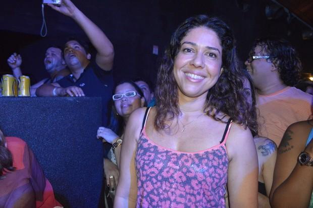 Malu Verçosa assiste a show de sua mulher, Daniela Mercury, em Recife (Foto: Felipe Souto Maior / AgNews)