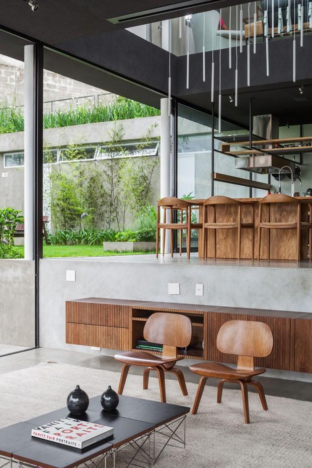 Casa de concreto e metal em São Paulo (Foto: Rafaela Netto / divulgação)