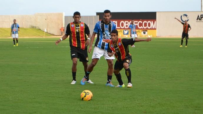 MIller, meia do Globo FC (Foto: Jocaff Souza/GloboEsporte.com)