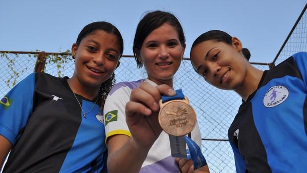 Meninas do Auristela Soares repetem feito de 2009 (Foto: Foto: Renan Morais/GLOBOESPORTE.COM)