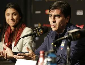 Gustavo Quinteros, do Equador, diz que há adrenalina entre jogadores, não medo