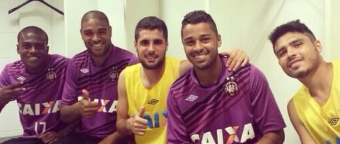Adriano Imperador Atlético-PR treino (Foto: Reprodução/Instagram)