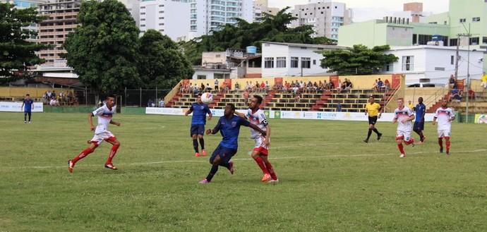 Campeonato Capixaba Série B 2015: Vilavelhense x Doze (Foto: Divulgação/Doze FC)
