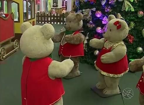 Enfeites de Natal já tomam conta de Caruaru (Foto: Reprodução / TV Asa Branca)