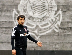 Douglas treino Corinthians (Foto: Daniel Augusto Jr. / Ag. Corinthians)