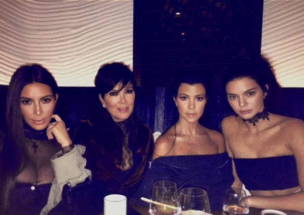 Kim Kardashian, Kris Jenner, Kourtney Kardashian e Kendall Jenner (Foto: Instagram/Reprodução)