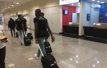 Seis pontos na mala: Atlético-GO e Goiás retornam juntos após vitórias