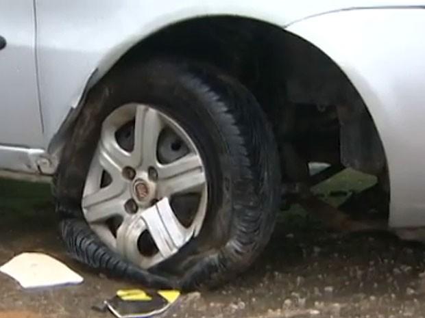 Ex-prefeito João Henrique sofre acidente de carro em Salvador, Bahia (Foto: Reprodução TV Bahia)