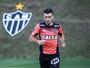 Sem jogar no Galo, Dátolo é oferecido ao São Paulo, mas não empolga