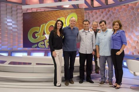Apresentadores do 'Globo esporte' reunidos (Foto: Raphael Dias/TV Globo)
