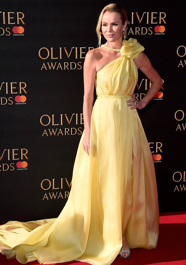 Amanda Holden no Olivier Awards, em Londres (Foto: Getty Images)