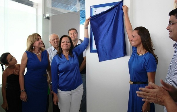 Presidente do bumbá participou da cerimônia de entrega da nova sede (Foto: Adneison Severiano/ G1 AM)